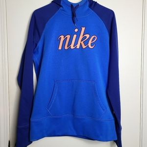 Nike Therma-Fit Hoodie Kangaroo Pouch Warm Outside